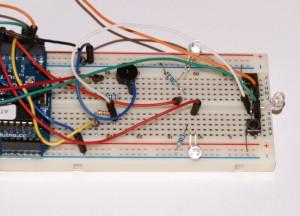 Fizyczne podłączenie układu na płytce prototypowej