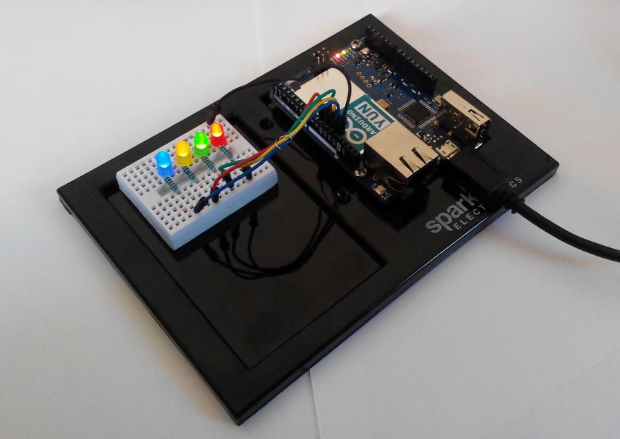 Arduino yun i zdalnie uruchamiane diody starter kit