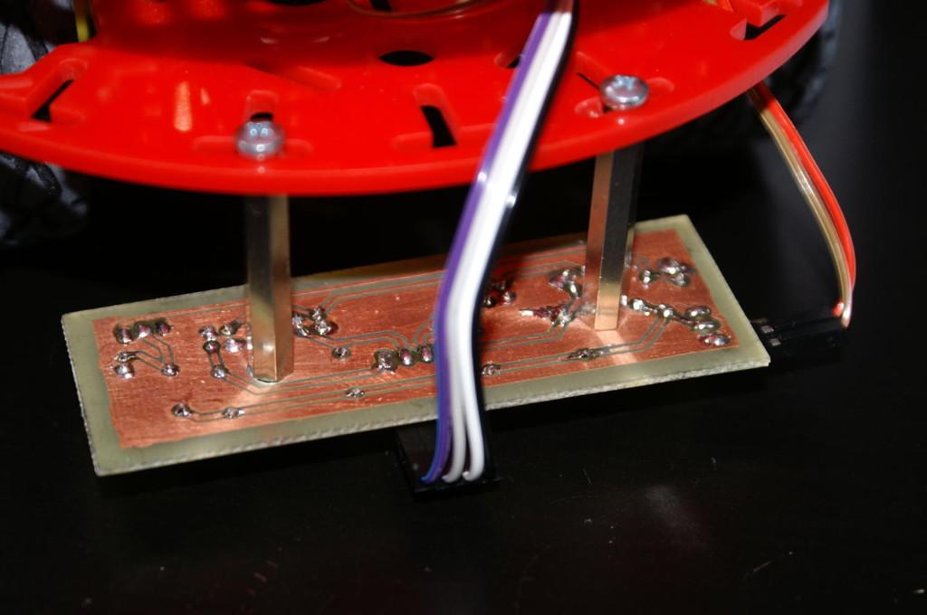 Montaż płytki za pomocą tulejek dystansowych